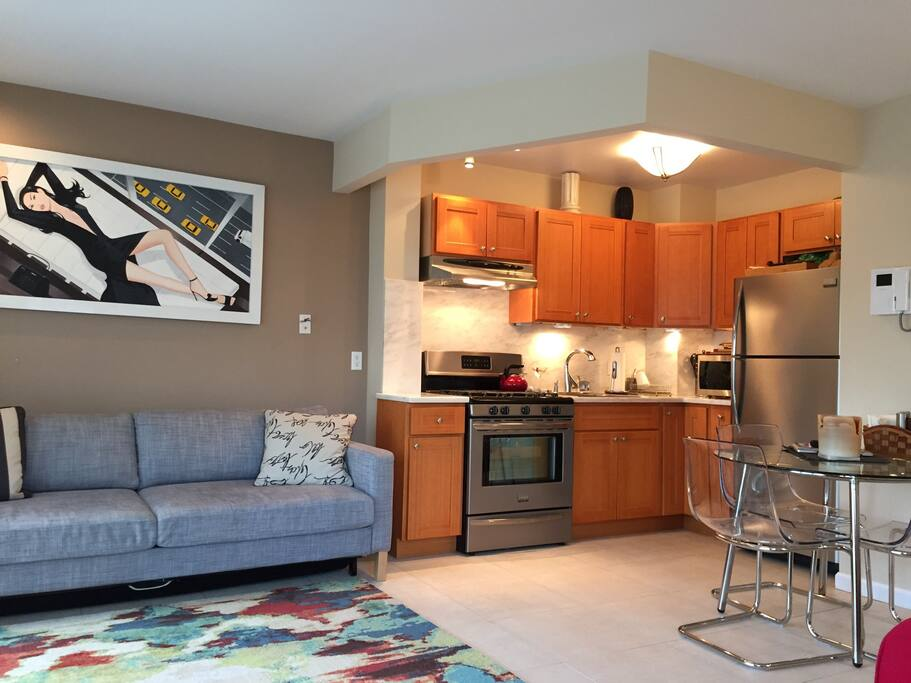 Full kitchen with all cooking amenities.