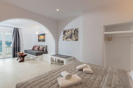 Magic View Suites Mykonos #3 Down town