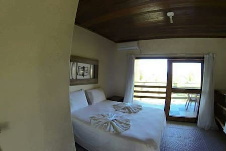 Pousada Paraíso Perdido, Praia dos Garcez, Morro - Jaguaripe - Bed & Breakfast