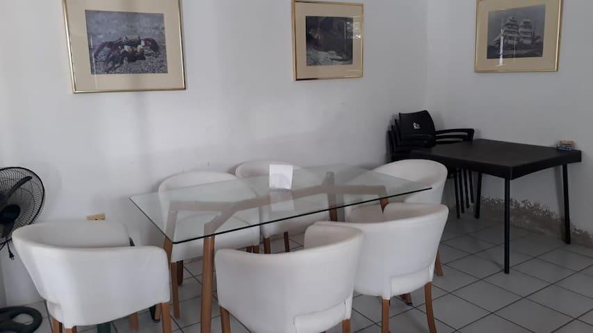 Villa completa de 2 ambientes, para familia grande
