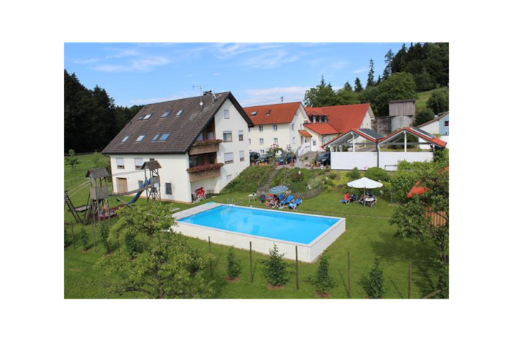 "Well-Furnished Apartment ""Stiefmütterchen"" on Farm close to Lake Constance with Wi-Fi, Terrace, Garden & Pool; Parking Available"