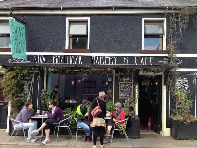 Stroll down a quite country lane to our local award winning café for breakfast.