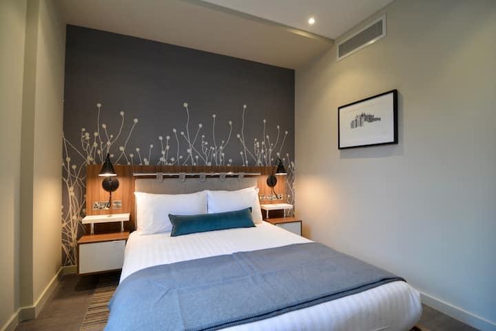 Stunningly refurbished 1 bedroom
