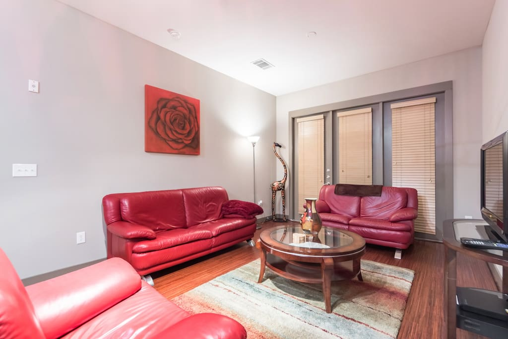 Furnished 1 Bedroom Apt In Uptown Apartments For Rent In Dallas Texas Uni