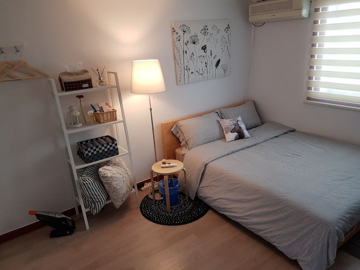 [SALE]JUNI House#1, near by DMC,10 min to Hongdae