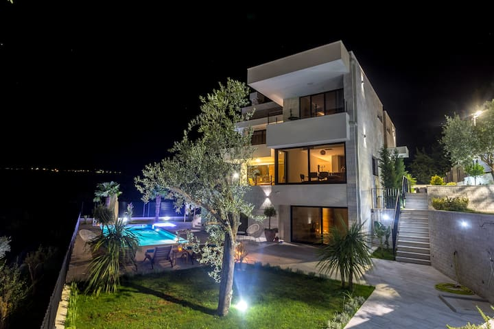 During the night time, guests can enjoy special lighting of the villa