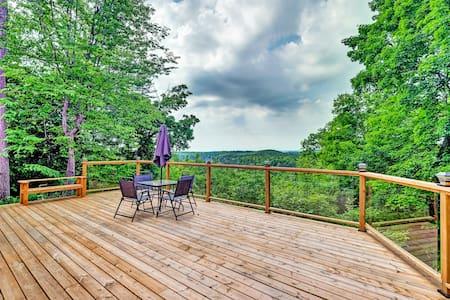 Unbeatable view, private deck, escape the city!