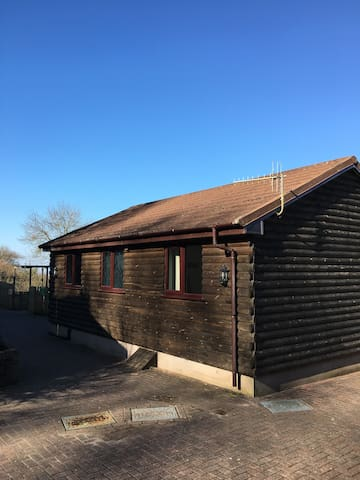 North Devon Coast Log Cabin for up to 6 people