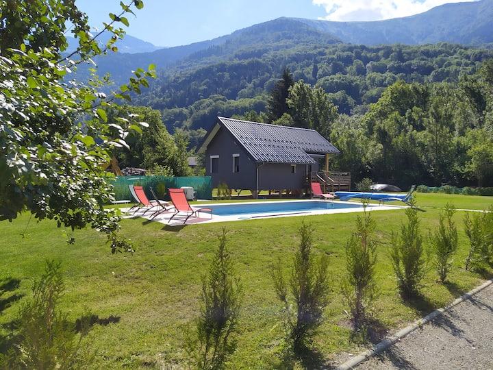 Chalet et piscine Allemont