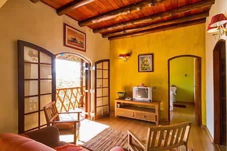 Casa de Campo chale - São Bento do Sapucaí - House