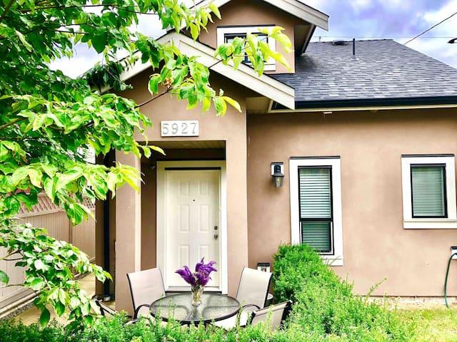 Vancouver Homelike House