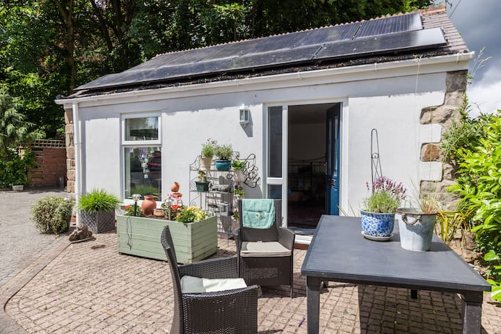 Linden lodge cottage Lanchester DH70HB