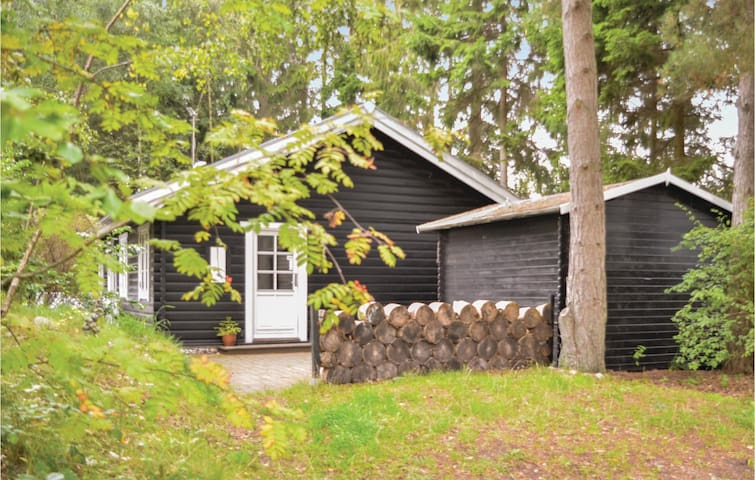 Holiday cottage with 3 bedrooms on 75m² in Ebeltoft