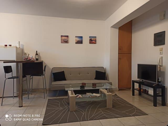 Semi-basement 50sqm apartment near Kos citycenter