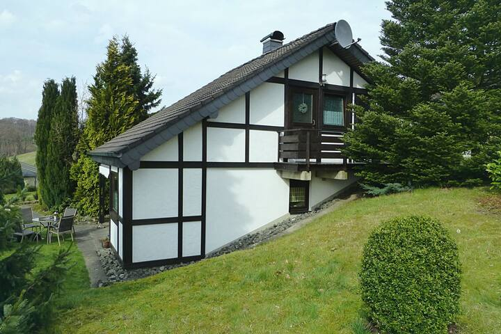Beautiful Holiday Home in Mielinghausen near Ski Area