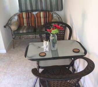 Cosy apartment, Great for Surfers! - Speightstown - Byt