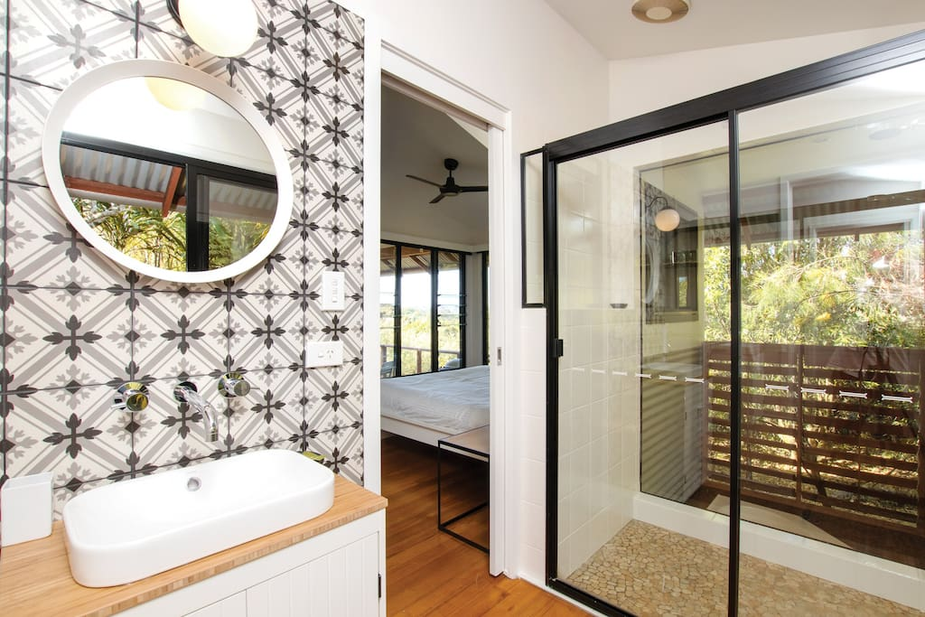 Large shower with views