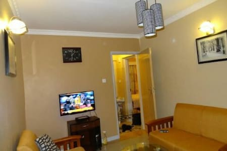 1 bedroom Nairobi with Wifi - Ruaka Town - Wohnung