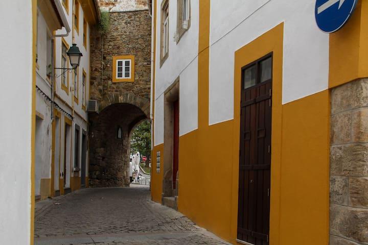 Apartamento castelo  Casa do Arco Portalegre