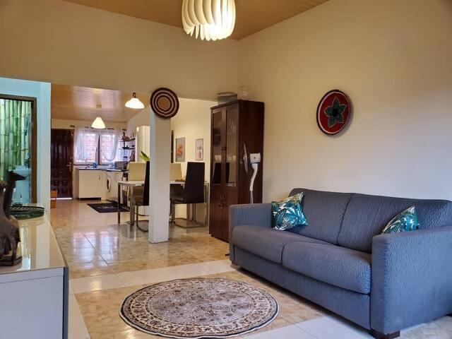 Oheneba Villa: Charming Home in the heart of Tema