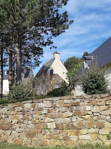 Calmos Cottage, sur les hauteurs de Carteret