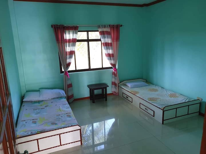 Private Rooms in tacloban city 10mins from airport