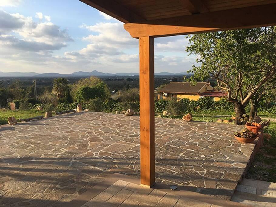 Vista dalla terrazza fronte casa