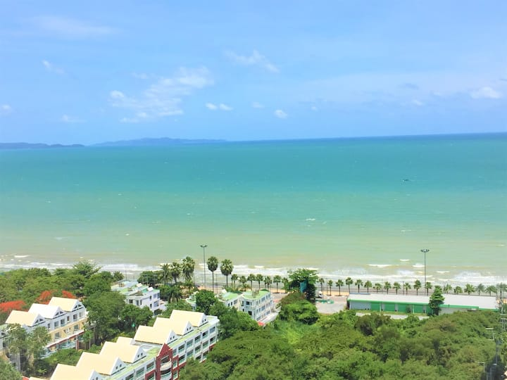 Cosy Lumpini Beachfront One Bedroom 海景公寓/中天海