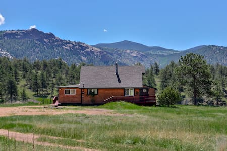 Dome Rock Cabin,5 Acres, Great Views, Dog friendly