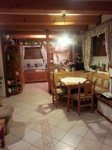 Tante's perle house Balaton - Balatonlelle - Casa