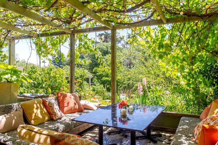 European-style garden apartment - Corte Madera - Apartment