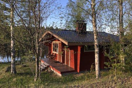 Sauna cottage at the countryside / Rantasauna