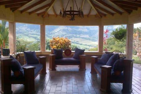 Best view in town - La Pintada - Villa