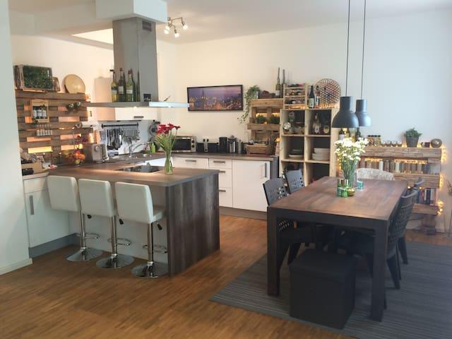 Moderne gemütliche Hamburger Wohnung in guter Lage - Hamburg