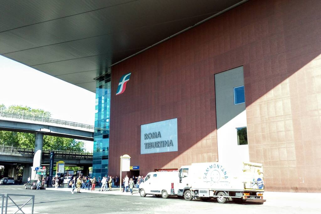Exit of Tiburtina Station at 5 minutes from house