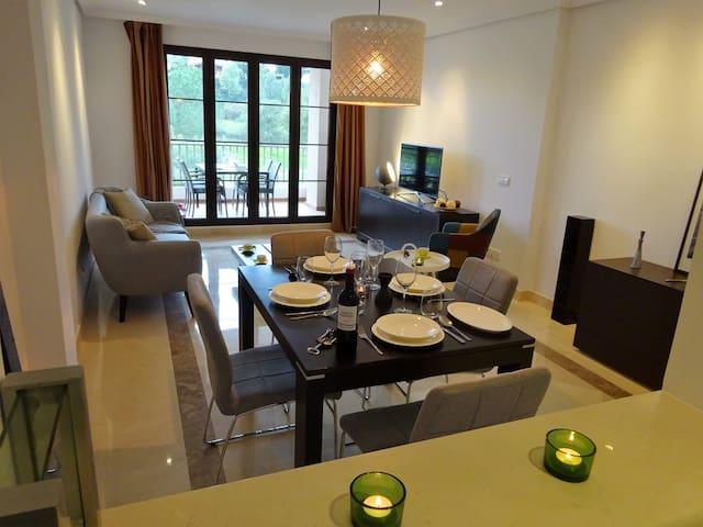 2 Bed Apartment Benahavis Golf Views R137 - Benahavís - Apartment