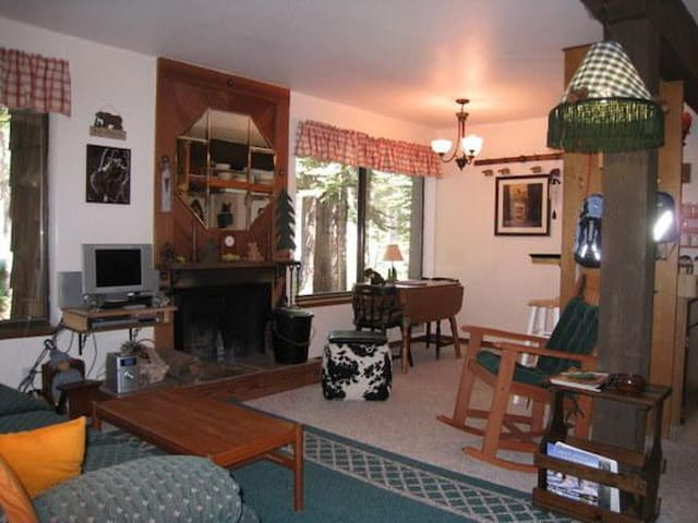 Great one bedroom condo for two