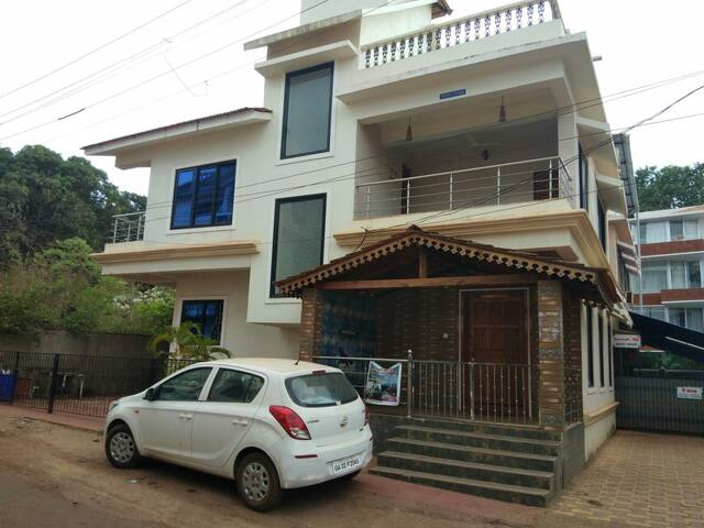 Spacious 4BR Villa for Family /Groups nr Candolim
