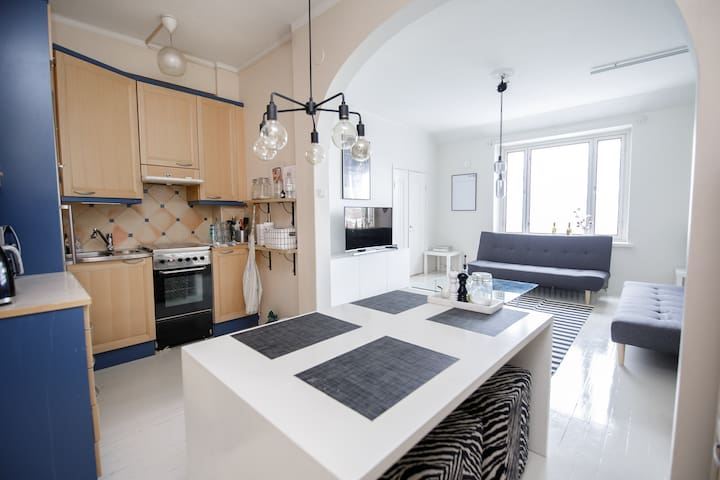 Spacious apartment with amazing city views