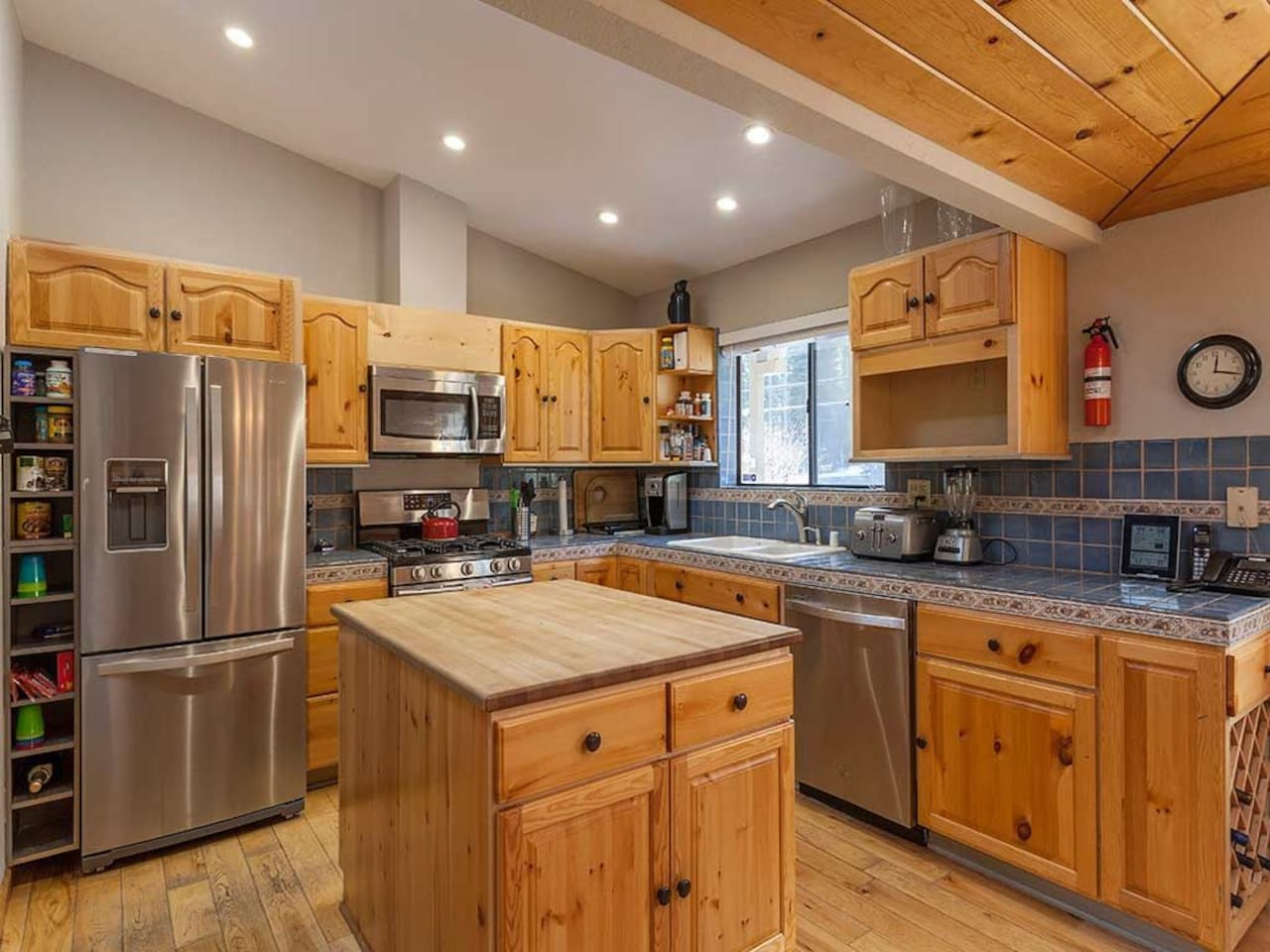 5BR/4Bath in Tahoe Donner; Perfect for 3 Families