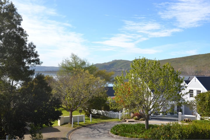 Belvidere Estate Loft Apartment - Knysna