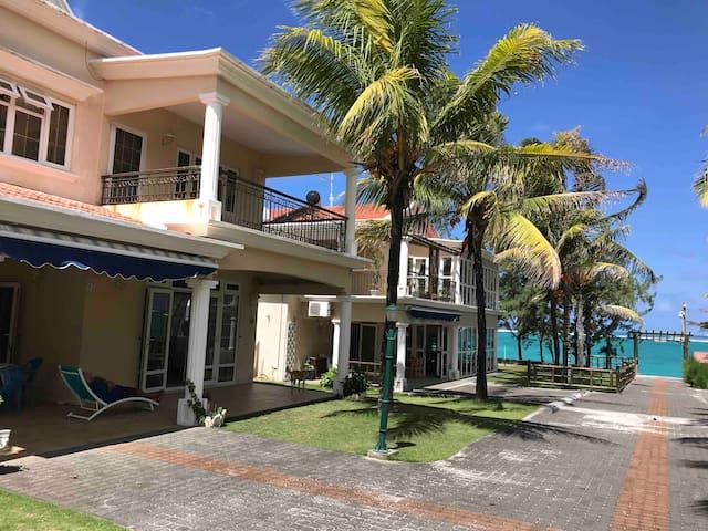 Beach View Villa - V5