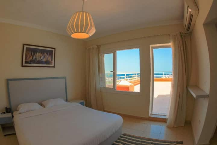 Modern Sea View Hurghada Marina Studio Room