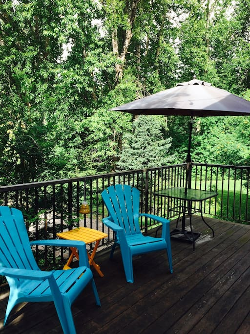 Large deck with views of the ski hill and Elk River