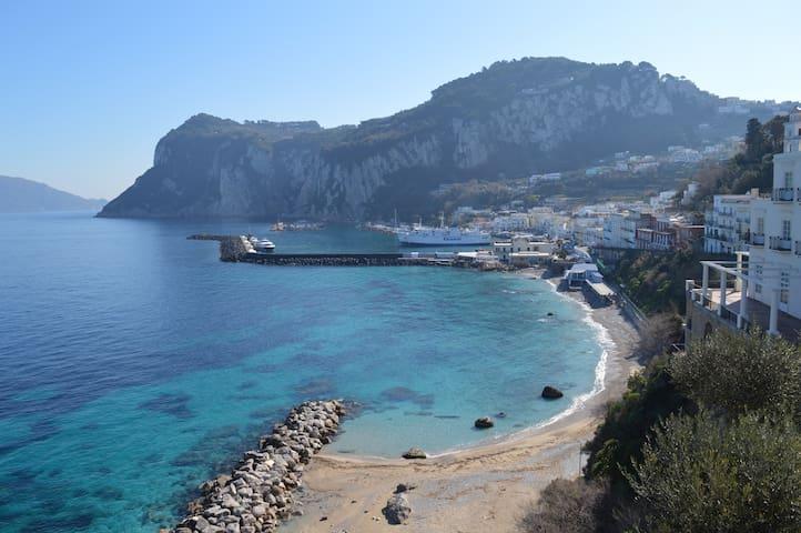 la cherubini, una terrazza sul mare