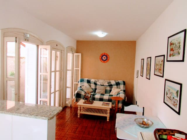 01 Dormitório próximo a praia - Torres - Apartmen