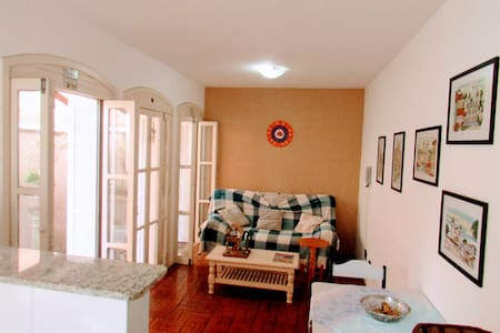01 Dormitório próximo a praia - Torres - Apartemen