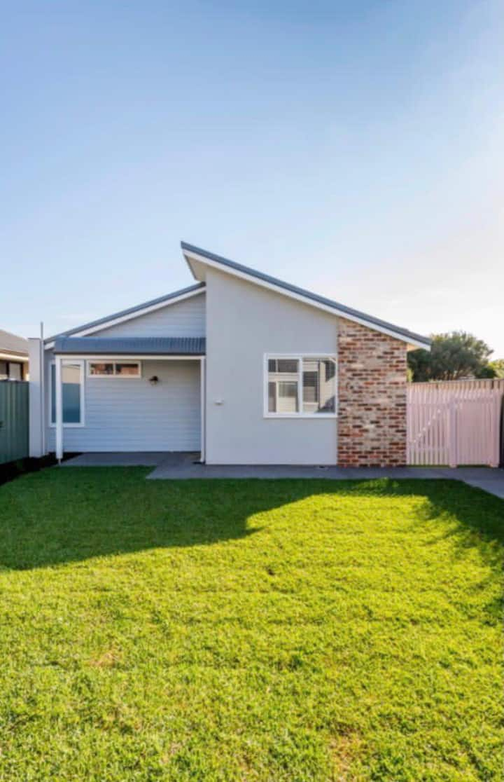 Modern gem in the heart of Bunbury