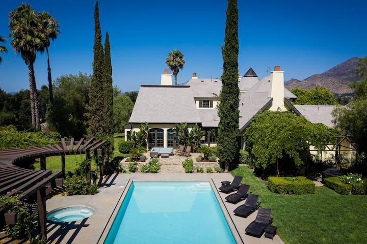 Casa Grande Ojai Retreat & Guesthouse, Sleeps 16