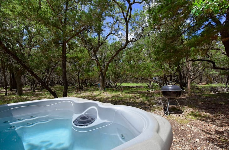 Budget Friendly Private Cabin, Great for Kids!